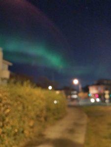 Nordlicht Jagd in Reykjavik - Bilder mit dem Smartphone