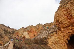 Weg zur Grotte