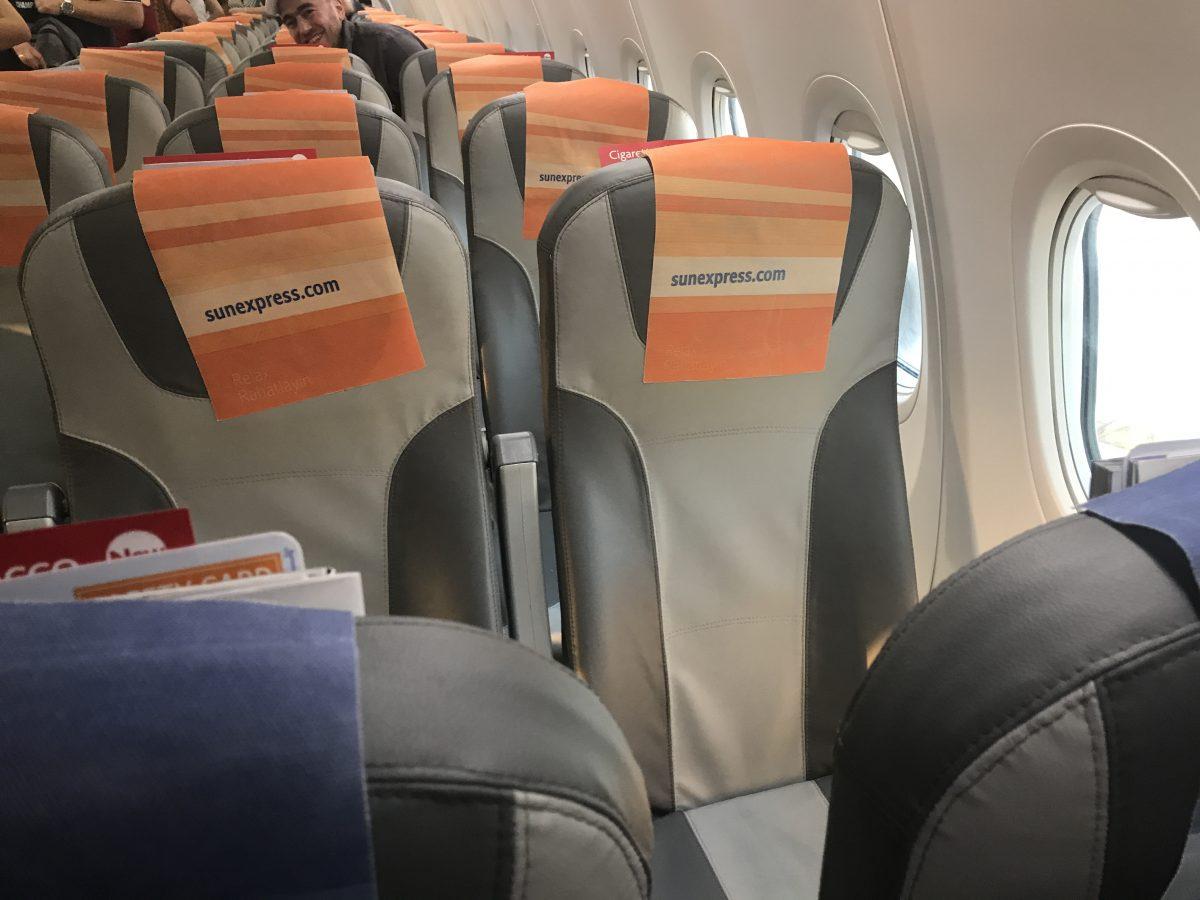 Sitze erfahrung xl sunexpress Sitzabstand: Beinfreiheit