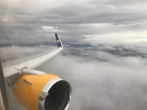 Economy Comfort von Frankfurt nach Keflavik