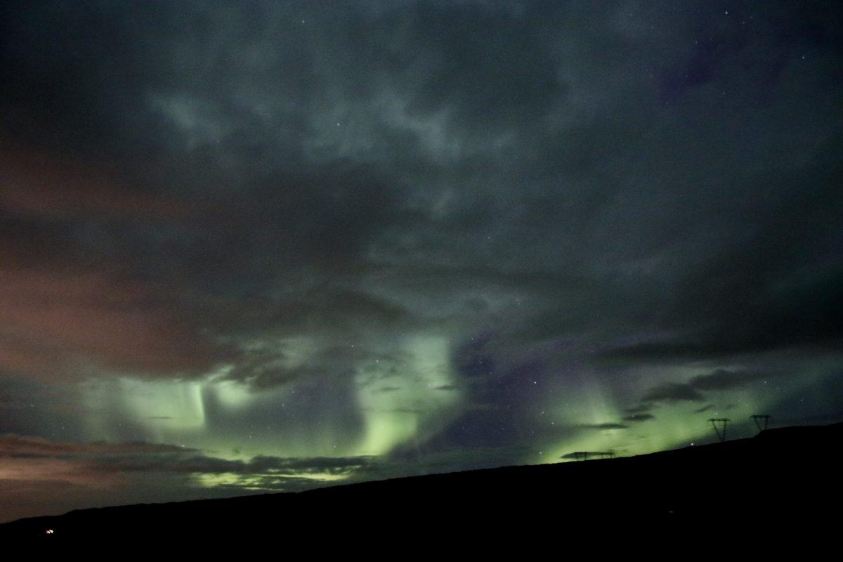 Nordlichter in Island am Hotel Glymur - eine tolle Show trotz Wolken