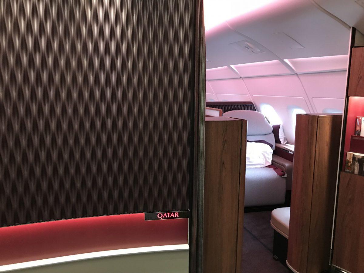 First Class im A380 von Qatar Airways – Paris nach Doha
