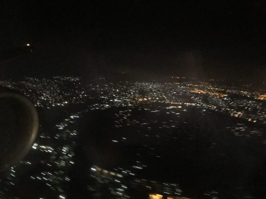 Äthiopiens Hauptstadt Addis Abeba bei Nacht.