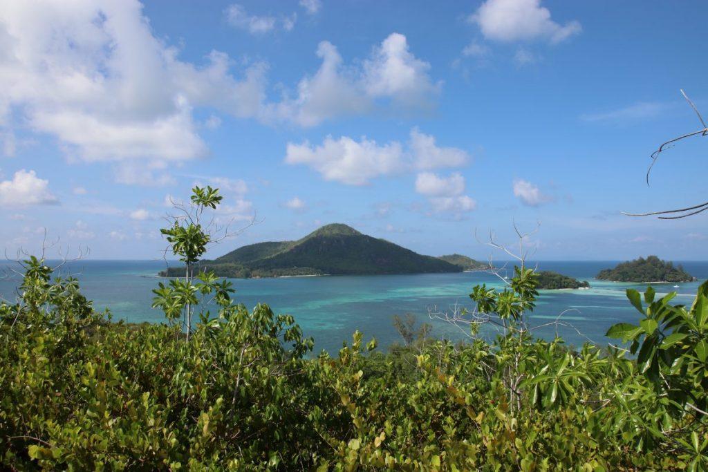 Aussicht von Cerf Island der Seychellen