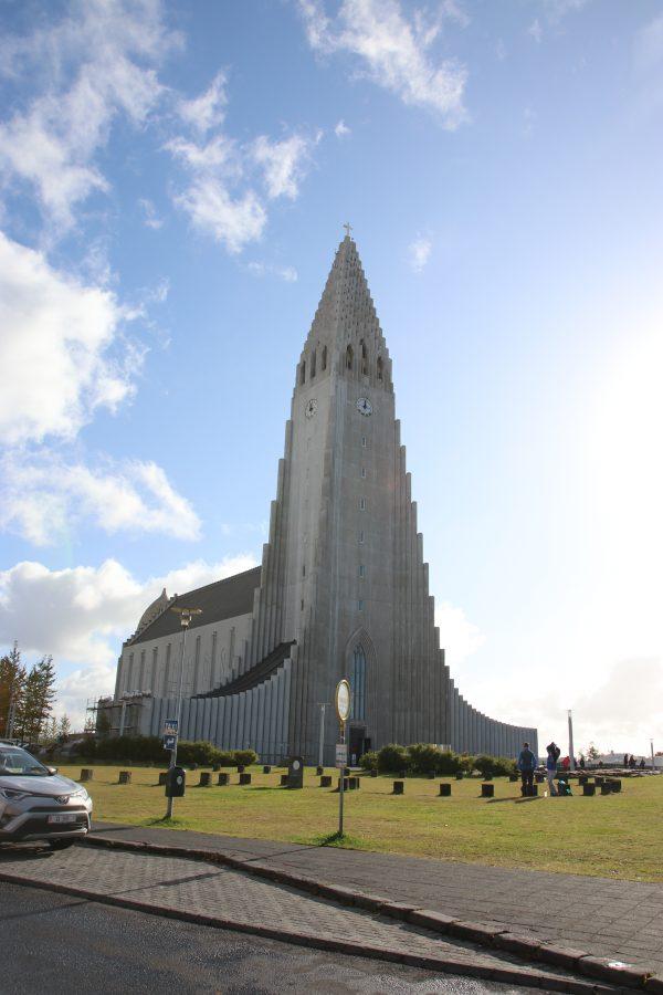Die Hallgrimskirkja in Reykjavik. Island für Einsteiger - Unser persönlicher Island Guide