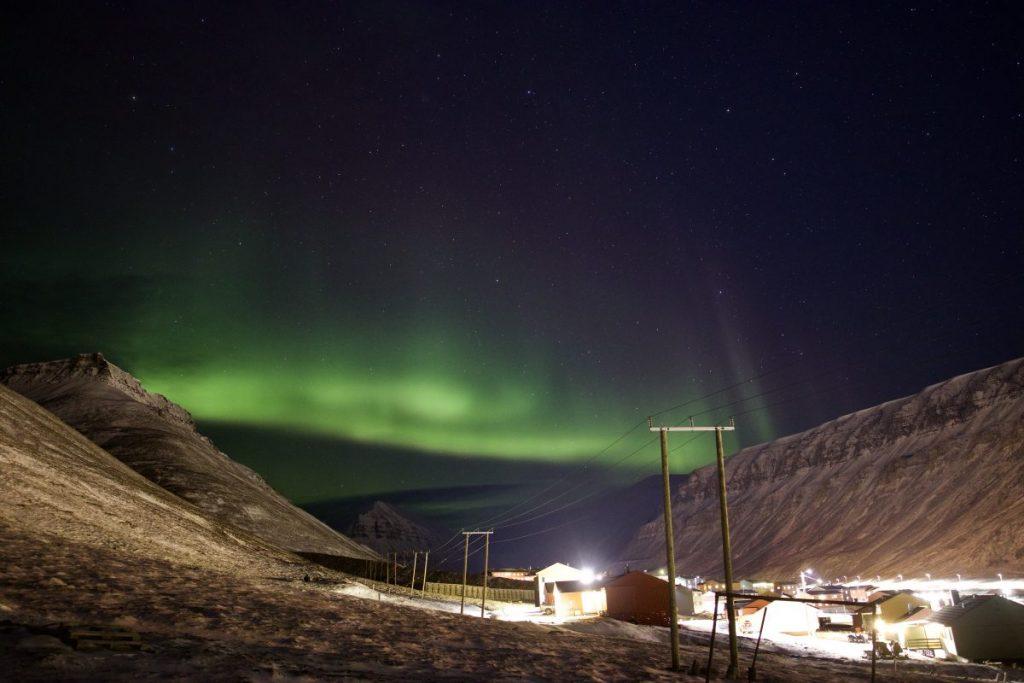 Nordlichter über Longyearbyen