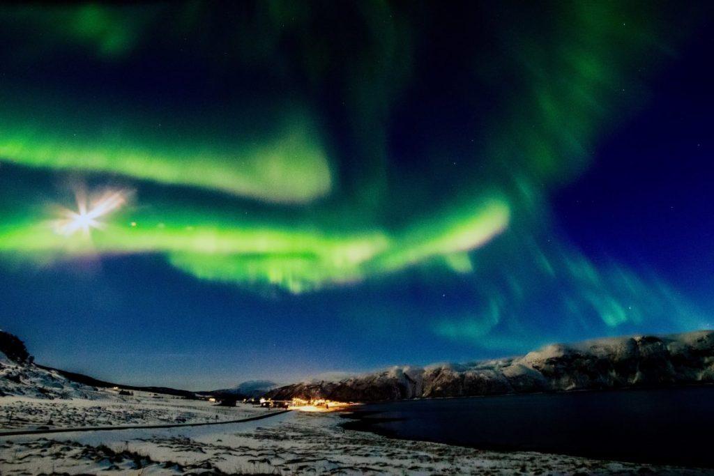 Nordlichter bei Hansnes