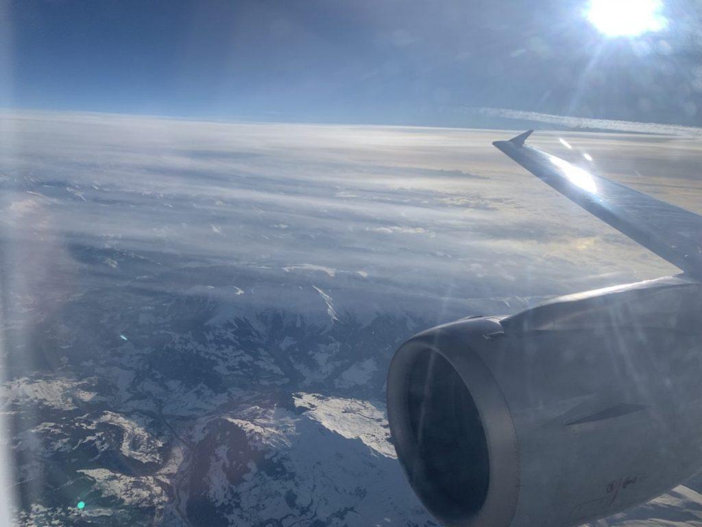 BIZ Class von Eurowings die Alpen