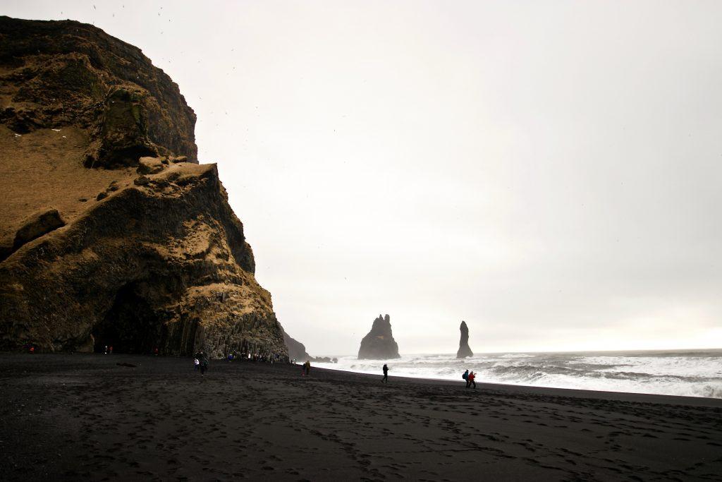 Reynisfara Beach - TOP Highlights in Island -Golden Circle und Südküste-