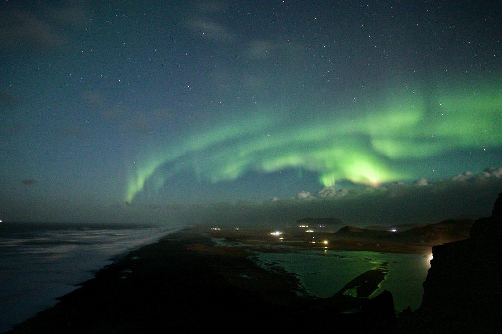 Nordlichter von Dyrholaey aus über die Südküste - TOP Highlights in Island -Golden Circle und Südküste-