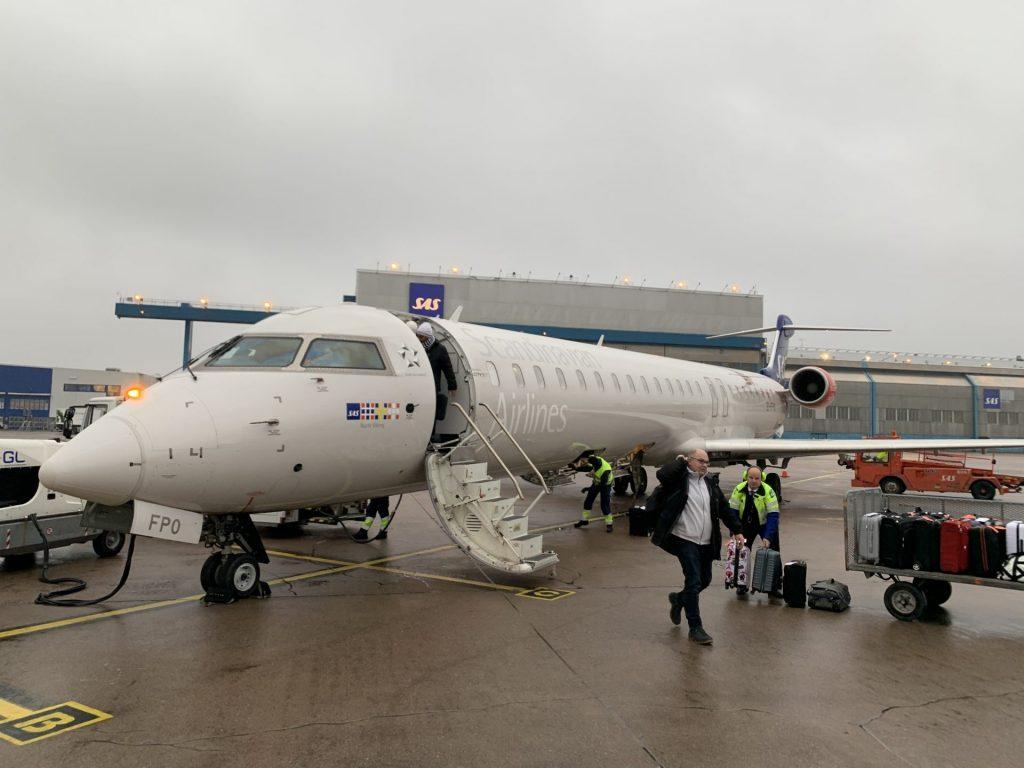 SAS CRJ900 von Düsseldorf nach Stockholm
