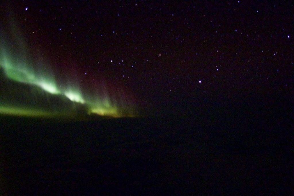SAS Flug mit Nordlichtern von Spitzbergen nach Oslo