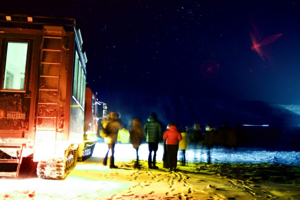 Mit der Schneekatze auf Nordlicht Tour